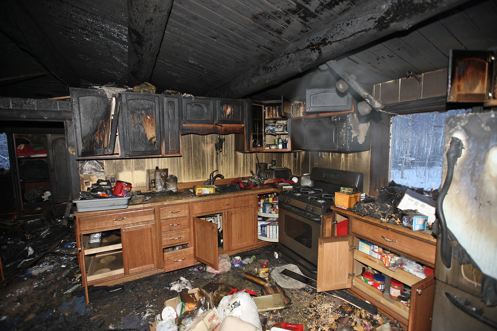 kitchen-fire-smoke-damage